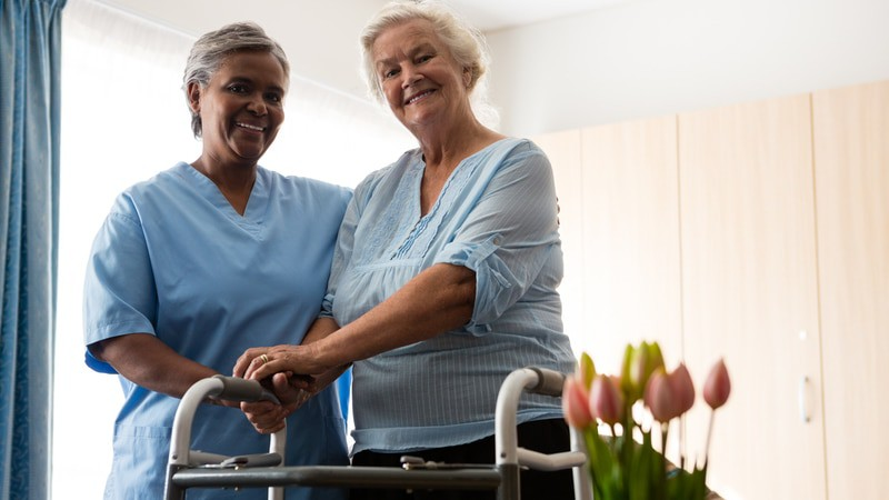 Nurse offering home health care