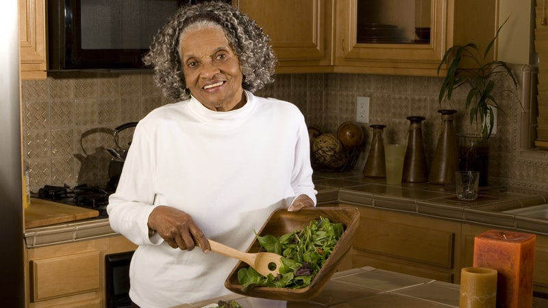 Senior eating for healthy nails and hair