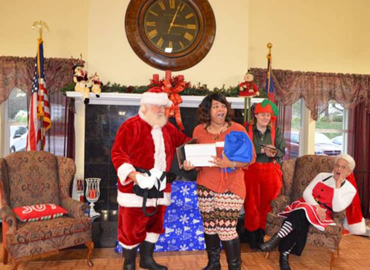 Always Best Care North Wake And Franklin County Christmas Gift with Santa