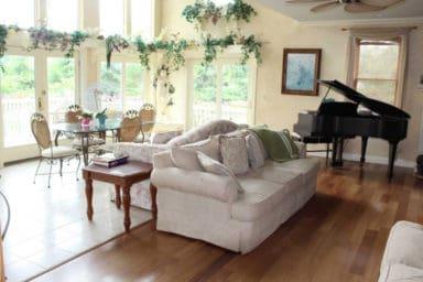 Galena Manor interior