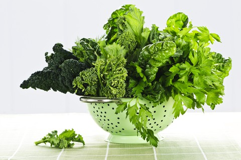 Green leafy vegetables are one of the foods that protect brain function!