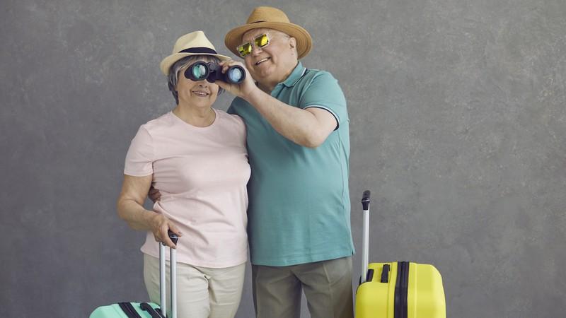 Senior couple deciding where to retire abroad