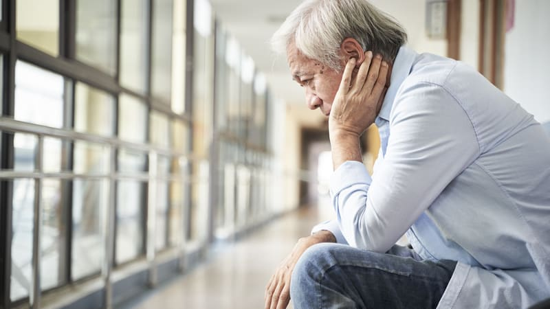 Senior man trying to figure out how to share your dementia diagnosis