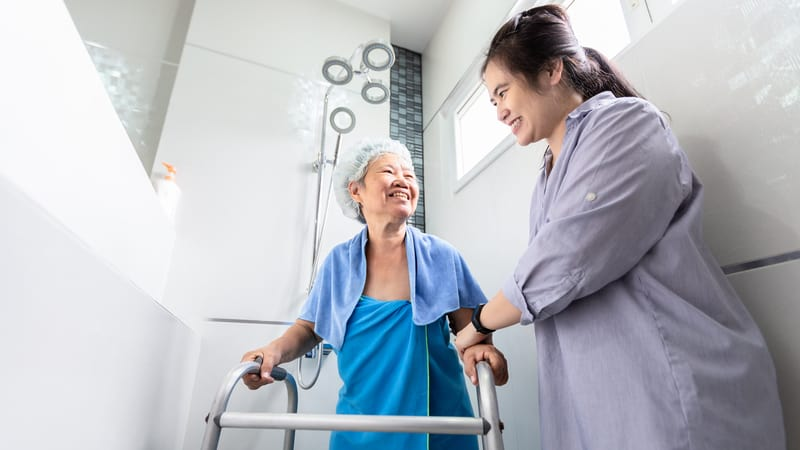 The benefits of a bath fitter for seniors