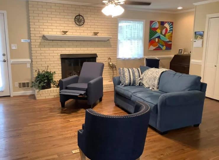 Bright Horizon North Hills Living Room