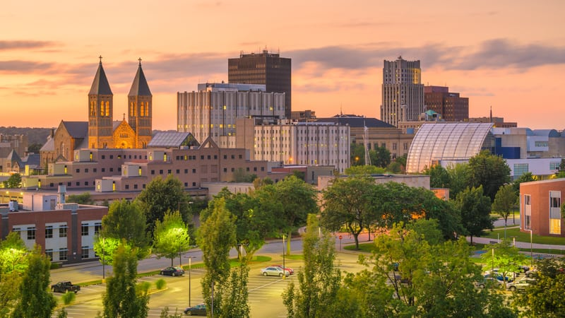 There are many reasons to retire in Akron, like for example the skyline