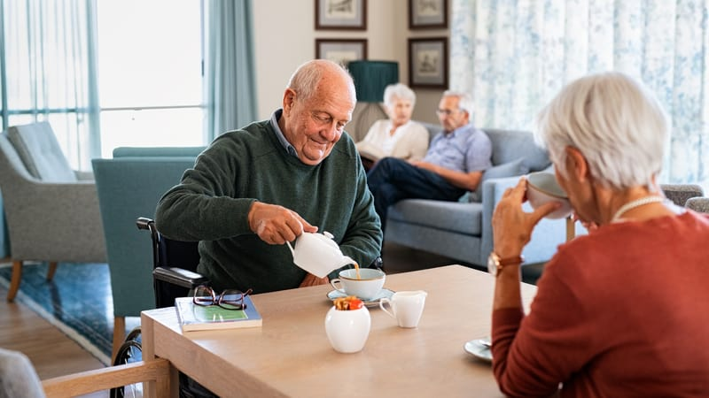 Seniors experiencing the difference between senior apartments and CCRCs