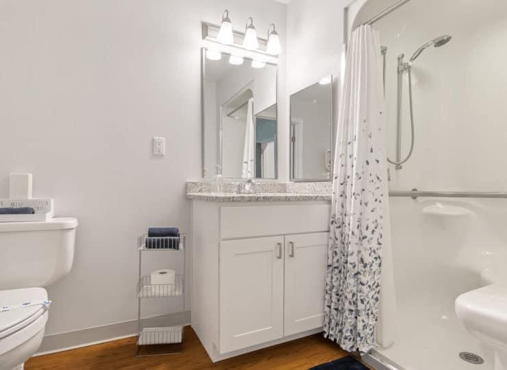 Serenity at Brewster bathroom